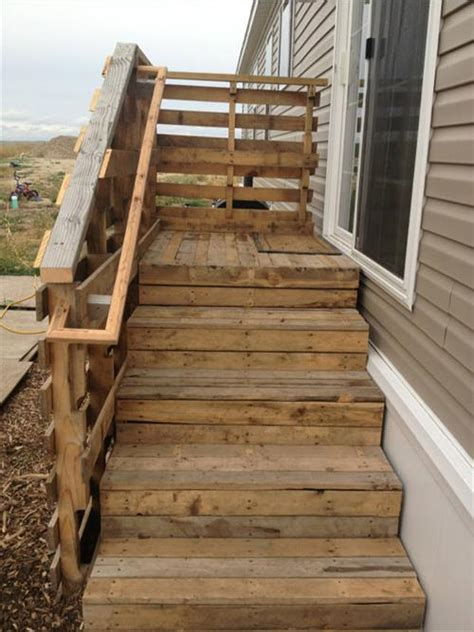 Diy Table Bench by 10 Used Old Pallet Wood Stairs Ideas Pallets Designs