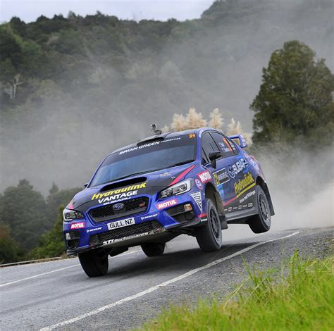 2017 rally subaru hunt at home in subaru wrx sti ahead of otago rally