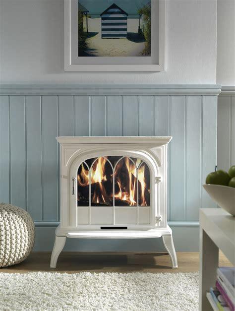 Electric Log Burner Fireplace by Best 25 Wood Burner Ideas On Wood Burner