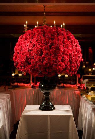 1000  ideas about Red Rose Arrangements on Pinterest