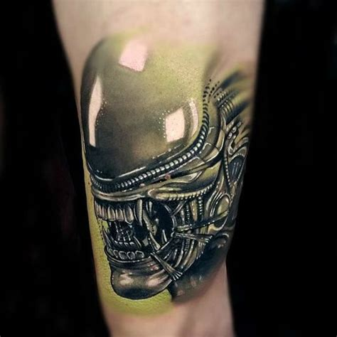 alien head tattoo up