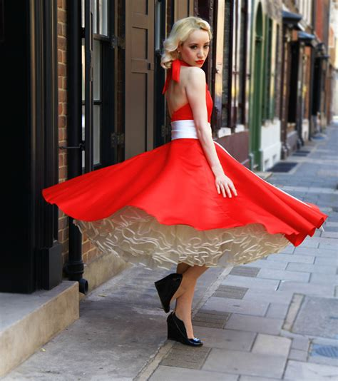 women wearing short sissy dresses petticoats pictures photos mmmm corsets just ordered this from my favs loved it