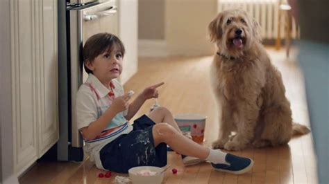 tide pods tv spot waitress ispottv tide pods tv commercial ultra oxi for stains quot no one did
