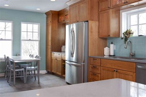 Best Kitchen Paint Colors With Oak Cabinets My Kitchen Interior Mykitcheninterior Top 5 Colors For Oak Kitchens Bungalow Home Staging Redesign