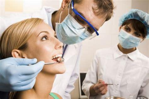 cercasi assistente alla poltrona assistente studio odontoiatrico archivi centro studi