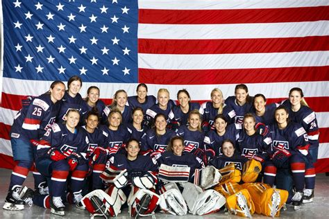 who s who in s hockey 2018 books usa hockey gathers s team in florida to launch