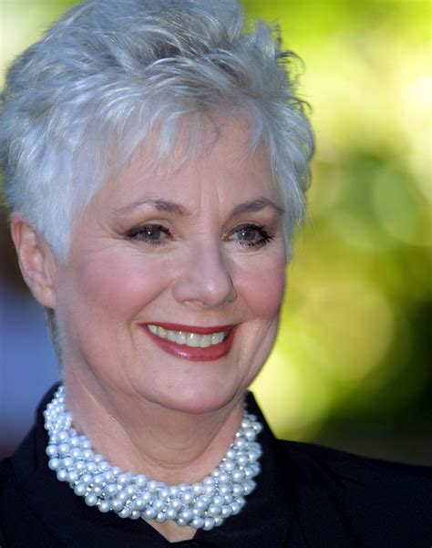 mona patterson hairstyles for older round faces shirley jones short hair styles pinterest shirley