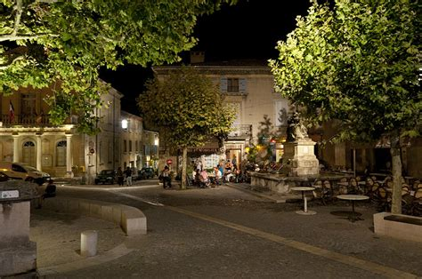 file bonnieux provence france 6052999896 jpg file evening in grignan provence france 6053051096 jpg