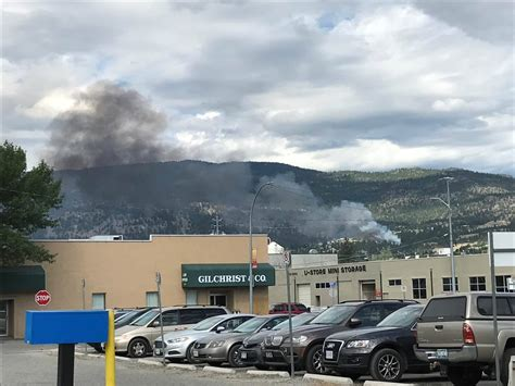 bench on fire update west bench wildfire in penticton 100 per cent
