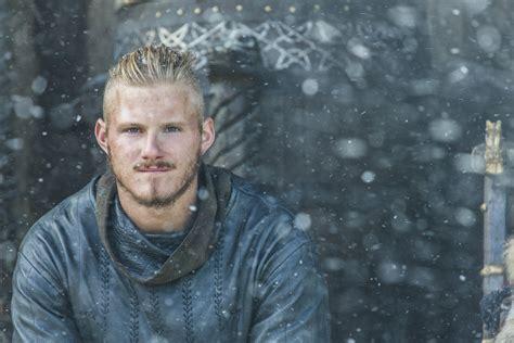 vikings alexander ludwig reveals 5 things about bjorn alexander ludwig on vikings vikings alexander ludwig