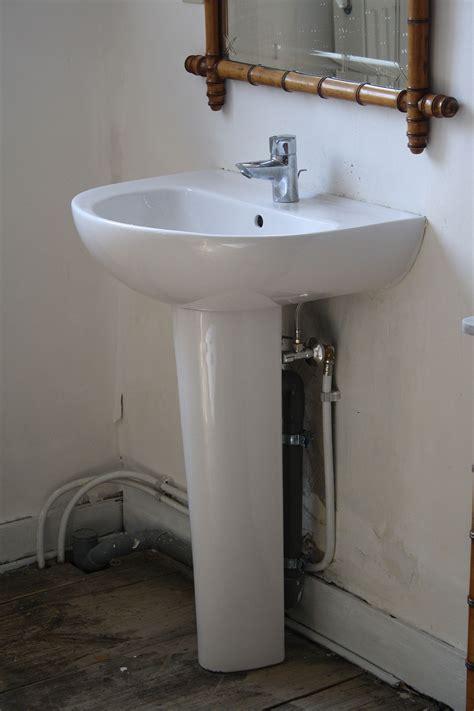 Installer Un Lavabo Salle De Bain 4396 by Lavabo Sanitaire Wikip 233 Dia
