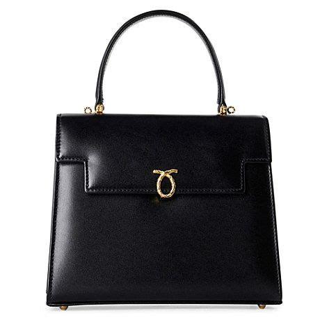 queen elizabeth handbag launer england the only handbag brand the hrh queen