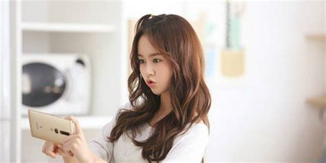 kim so hyun and bts sidushq releases bts photos of kim so hyun s commercial