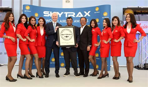 airasia skytrax airasia triumphs at world airline awards skytrax