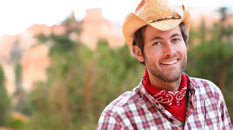 imagenes vestimenta vaquera la bandana y el sombrero de vaquero