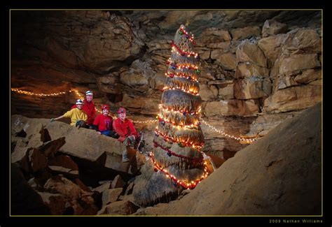 merry christmas  tumbling rock cave  year  decid flickr