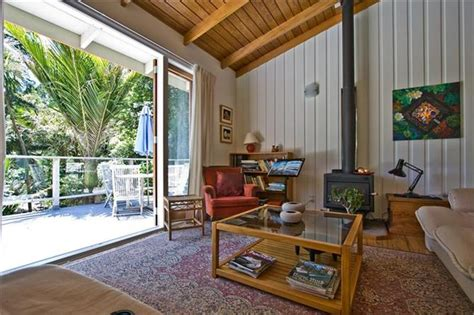 rent a room new zealand city bush retreat all inclusive fully furnished quality apartment titirangi apartment for