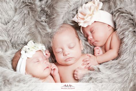 wallpaper anak kembar lucu banget gambar foto bayi bayi kembar tiga