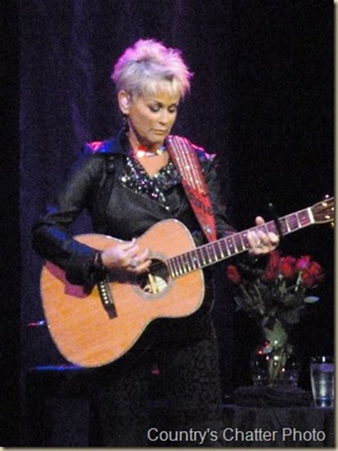 lori morgan hairstyle in 1989 and 1990 lorrie morgan announces additional dates to tour schedule