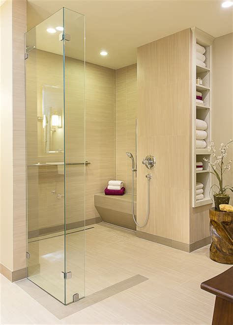 accessible, barrier free, aging in place, universal design bathroom remodel Modern Bathroom
