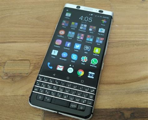 Hp Blackberry Versi Android daftar hp blackberry os android terbaru april 2018