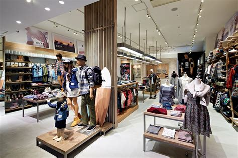 Shop Interior by Wooden Store Interiors Quicksilver Store By Specialnormal Tokyo 187 Retail Design