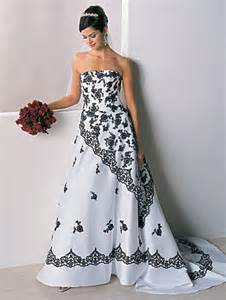 25 2011 at 340 215 450 in the history of black and white wedding gowns