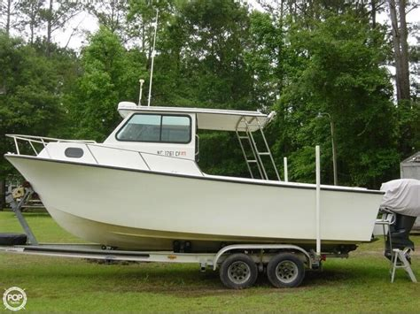 explorer boat reviews sea sport explorer 2400 used boat review boats