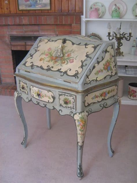 Decoupaging Furniture - 172 best decoupage furniture images on
