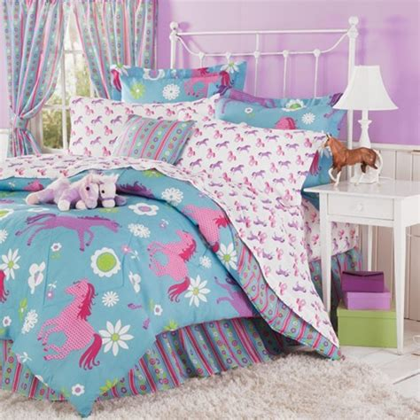 horse coverlet girl s western horse bedding playful ponies and cheerful