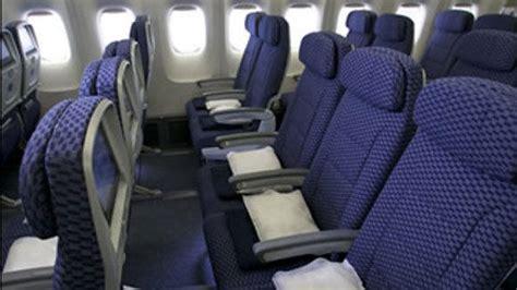 united baggage fees unitedus new economy plus packages united to offer upgrades via subscription tribunedigital