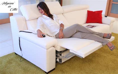 divano letto doppio divano letto modello infinito doppio relax motorizzato e