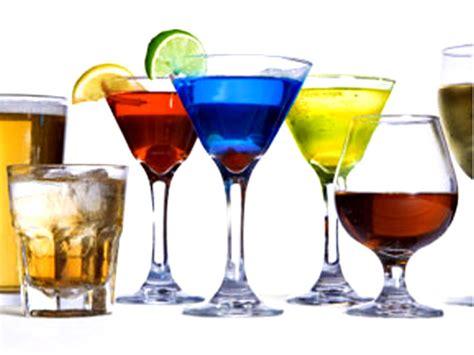 bicchieri da cocktail bicchieri da cocktails tipi nomi e uso alimentipedia