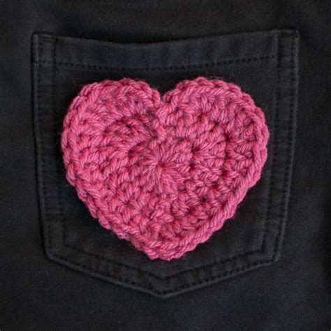 crochet heart pattern video heart applique free crochet pattern