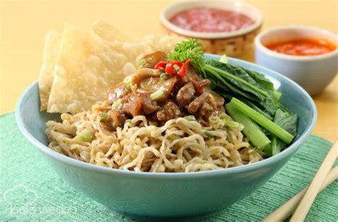 cara membuat mie ayam gurih cara membuat mie ayam enak dan gurih jurnal media indonesia