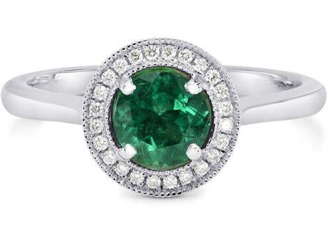 Bradley Cooper Presents Irina Shayk with Emerald Ring