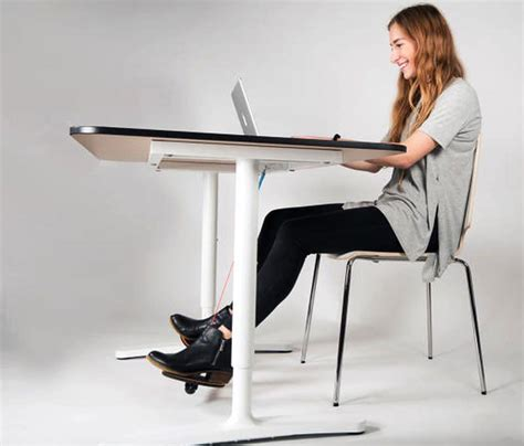 computer desk foot rest 3m adjustable footrest adjustable laptop stand on wheels