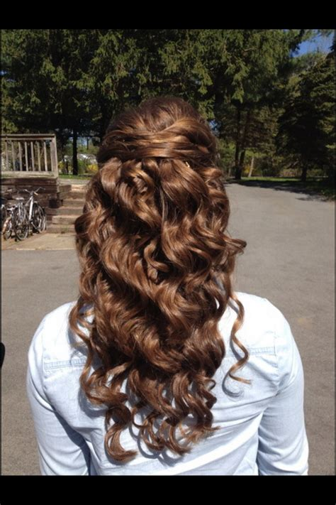 formal hairstyles half up half down curls prom hairstyles curly half up