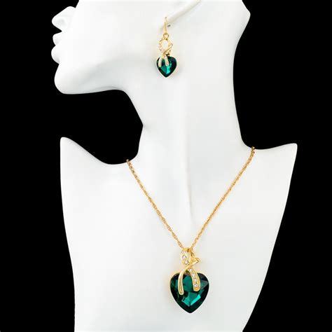 1 Set Kalung Dan Anting Pesta set kalung dan anting austrian pendants green