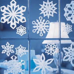 Snowflake Paper Craft - how to make paper snowflakes martha stewart the