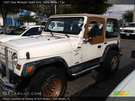 White Jeep With Interior by White 1997 Jeep Wrangler Sport 4x4 Interior