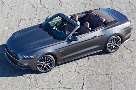 convertible mustang 2015 ford mustang convertible first look motor trend