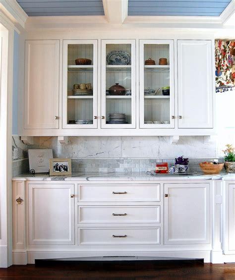 Buffet de cuisine blanc   37 designs vintage pratiques