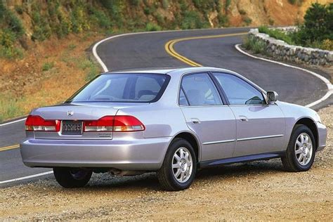 Honda Of Toyota 1997 2001 Toyota Camry Vs 1998 2002 Honda Accord Which