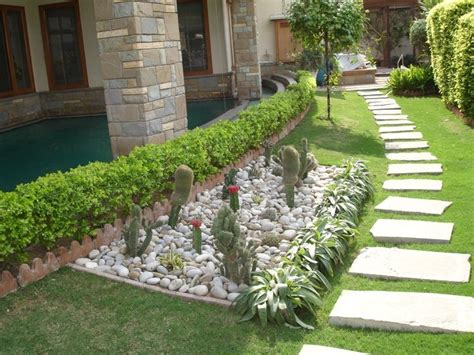 8 best images about landscaping ideas white marble chips on pinterest gardens home and front