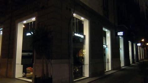 illuminazione vetrine negozi foto illuminazione vetrine negozio di luceled pro srl