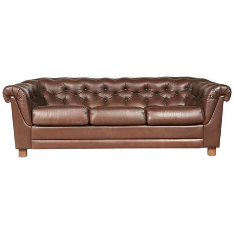 Leather Chesterfield Sofa Sale Brown Leather Chesterfield Sofa For Sale At 1stdibs