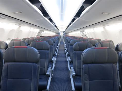 Aa Cabin by American Airlines Backs 29 Inch Pitch Economy But It