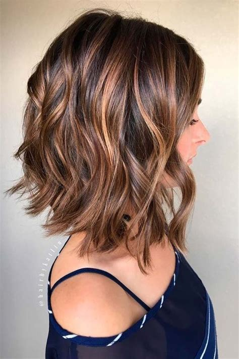 Hairstyles For 2017 With Medium Curl by 38 Ways To Curl Your Bob Popular Haircuts For