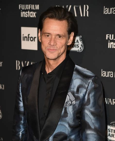 Jim Carrey Ill Never Mccarthy by Jim Carrey Unveils Unflattering Painting Of